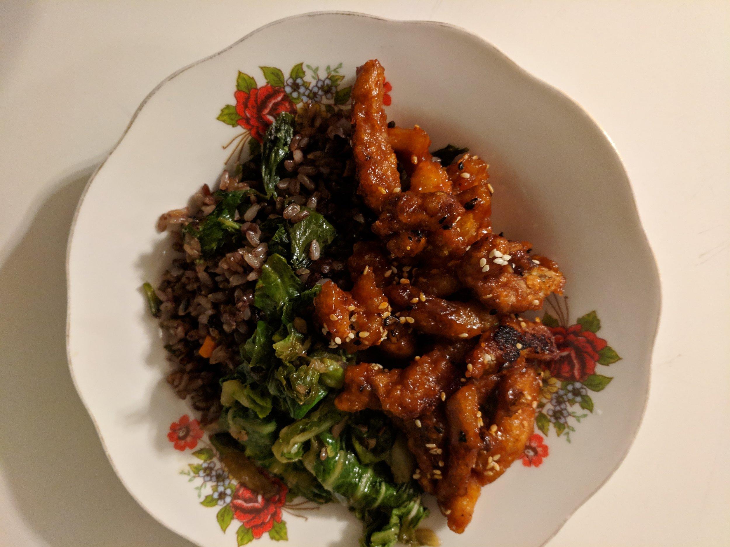 general tso's soy curls, sautéed napa and mixed grain & veggie fried rice