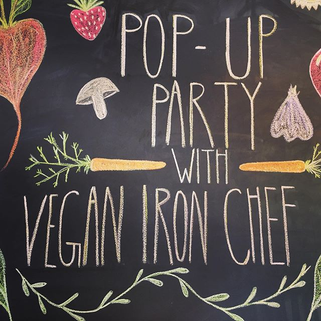 That's a wrap! Thanks to all who came out and supported our #popuppartypdx #veganpopup event! And special thanks again to all of our amazing vendors! Stay tuned for more wonderful events in the future ✨🌱. . . . . . . . . . . . . . . . . . #vegan #vegans #veganironchef #vegansofportland #pdxvegan #pdxvegans #vegannonprofit #farmsanctuary #veganevents #whatveganseat #veganfood #plantbased #veglife