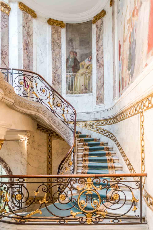jacquemart-andrestaircase.jpg