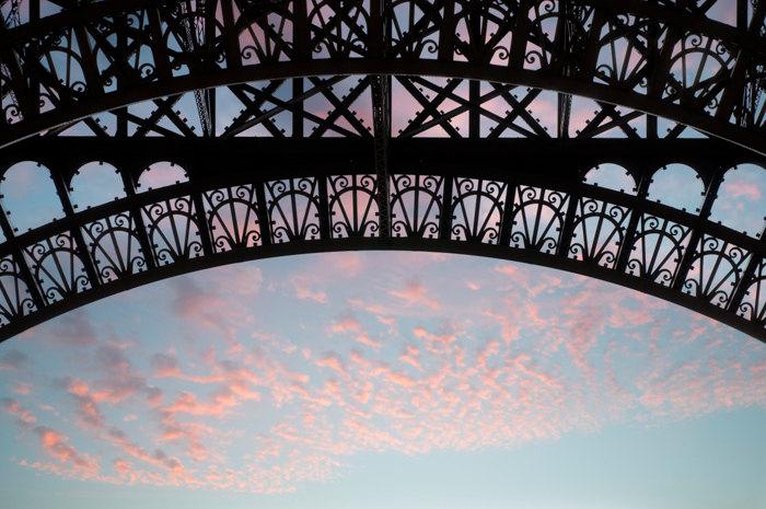Dawn at the Eiffel Tower