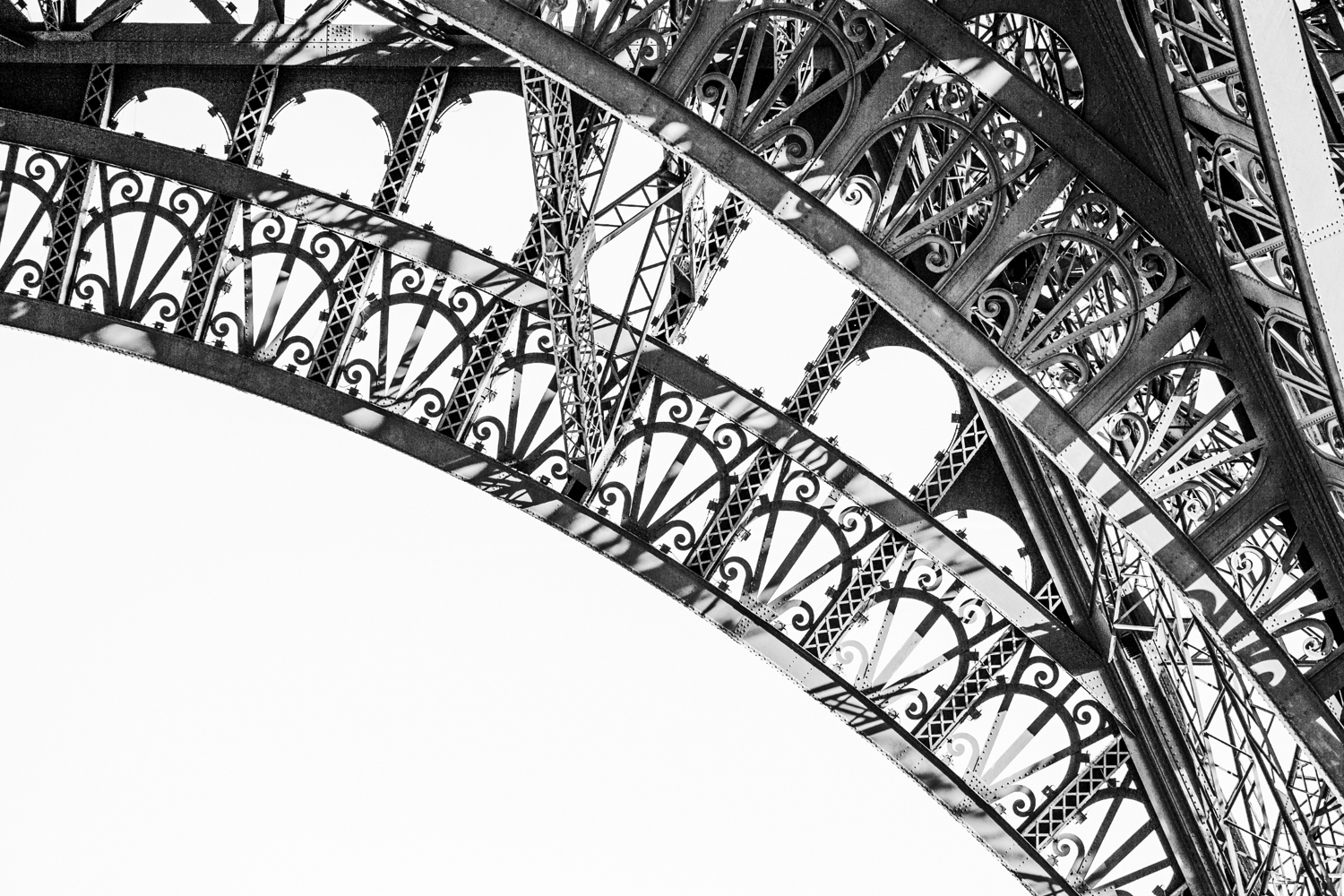 Eiffel Tower, Section of Arch