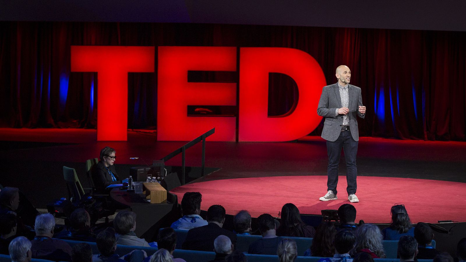 TED intro - recite - Learn by heart the introduction of a TED talk of your choice.Time: 20 minutesLevel: Intermediate and higher