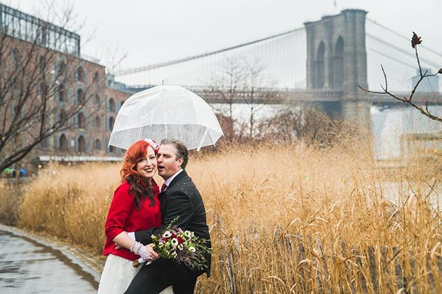 Someone was excited to elope in the rain yesterday! 😂 #brooklynweddingphotographer #nycelopement #nycweddingphotographer #nikond850 #raindontstopus