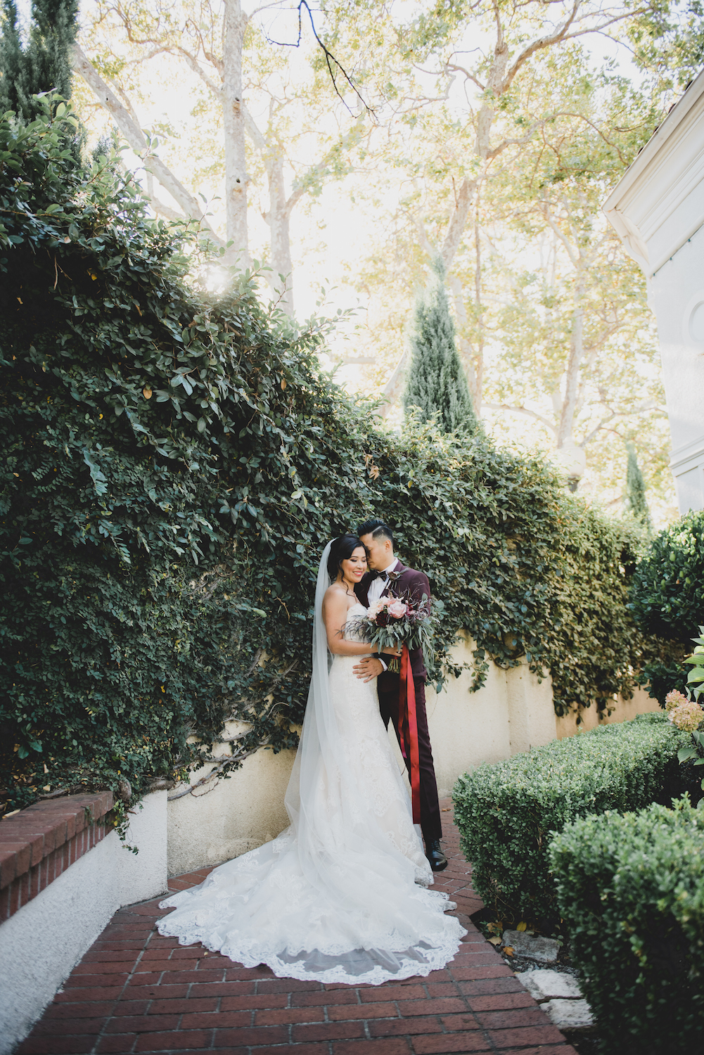 THE DETAILS - DRESS: ALLURE BRIDALSPHOTOGRAPHER: LIZ ZIMBELMAN PHOTOGRAPHYVENUE: VIZCAYA