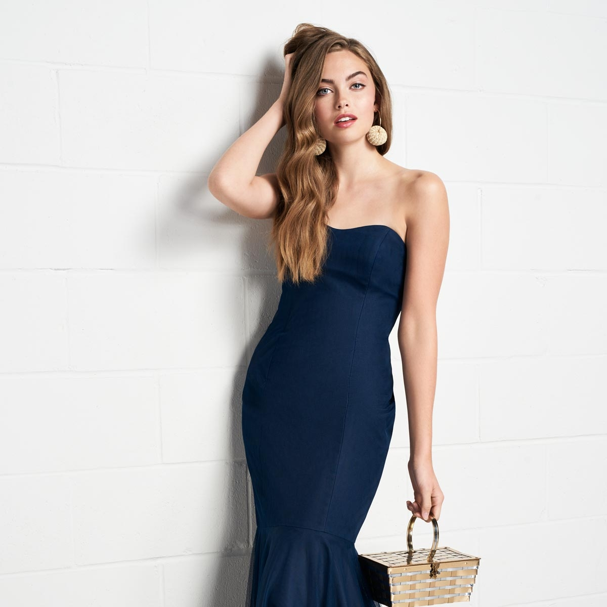 BRIDESMAIDS - From flowy bohemian, to fitted jersey, we have hundreds of options to outfit your entire entourage.