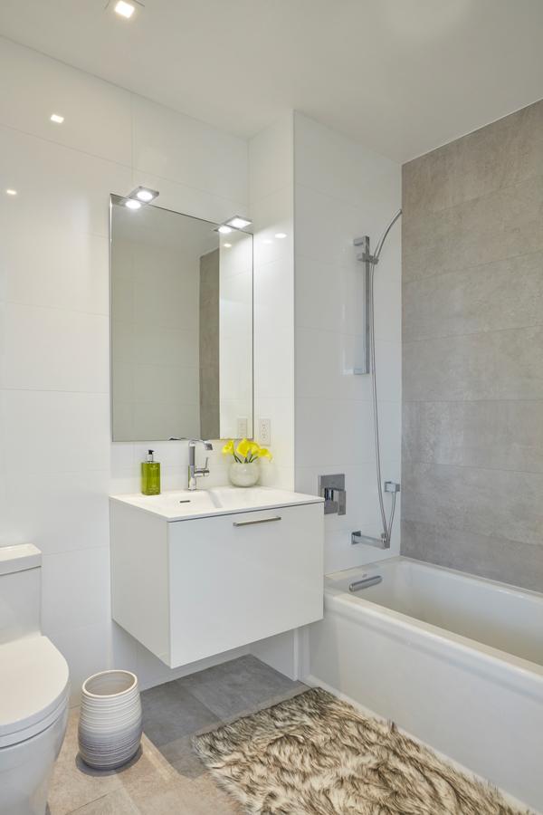arcadia-lic-bathroom-2.jpg
