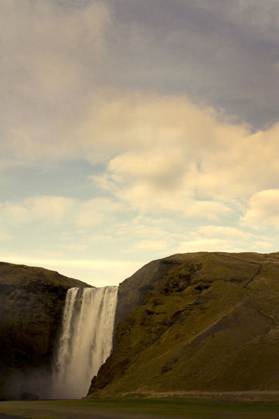 VERT waterfall222.jpg