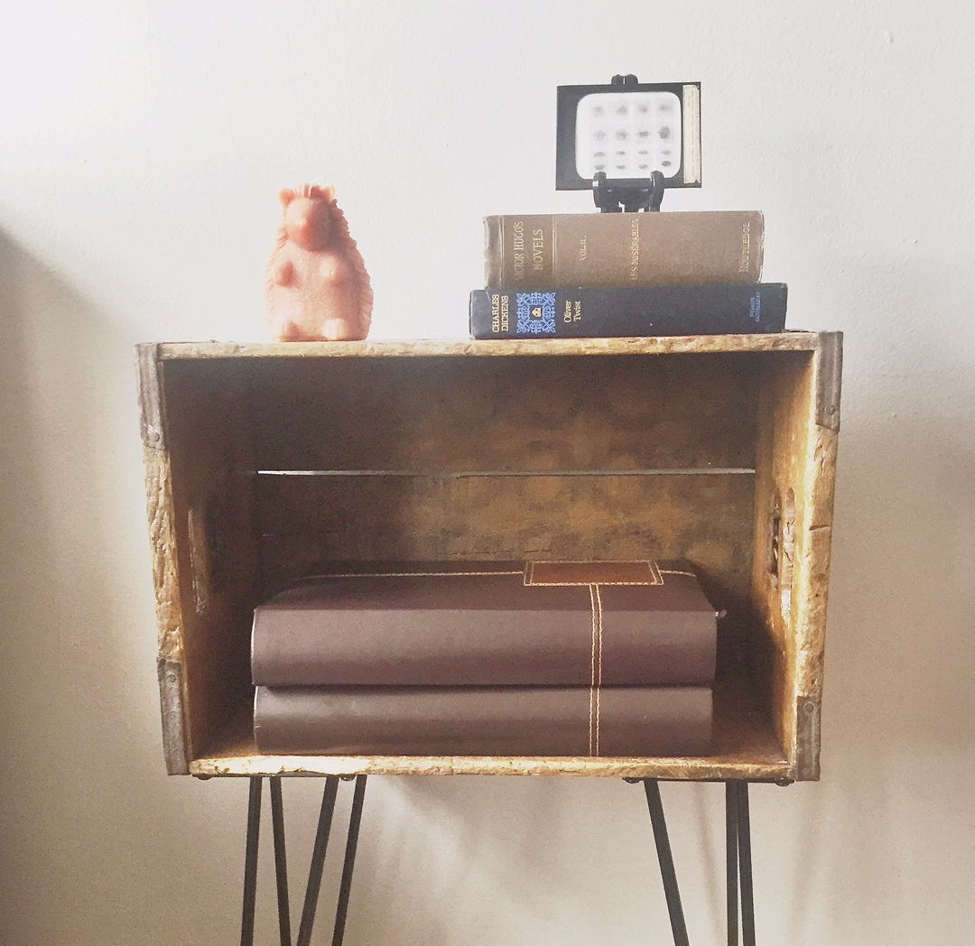 diy mid-century style beer crate side table -