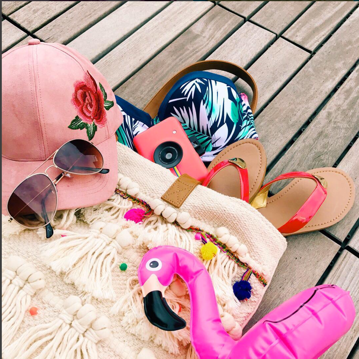 Because there's still a whole lotta summer left. Gear up for beach days ahead in our bio.