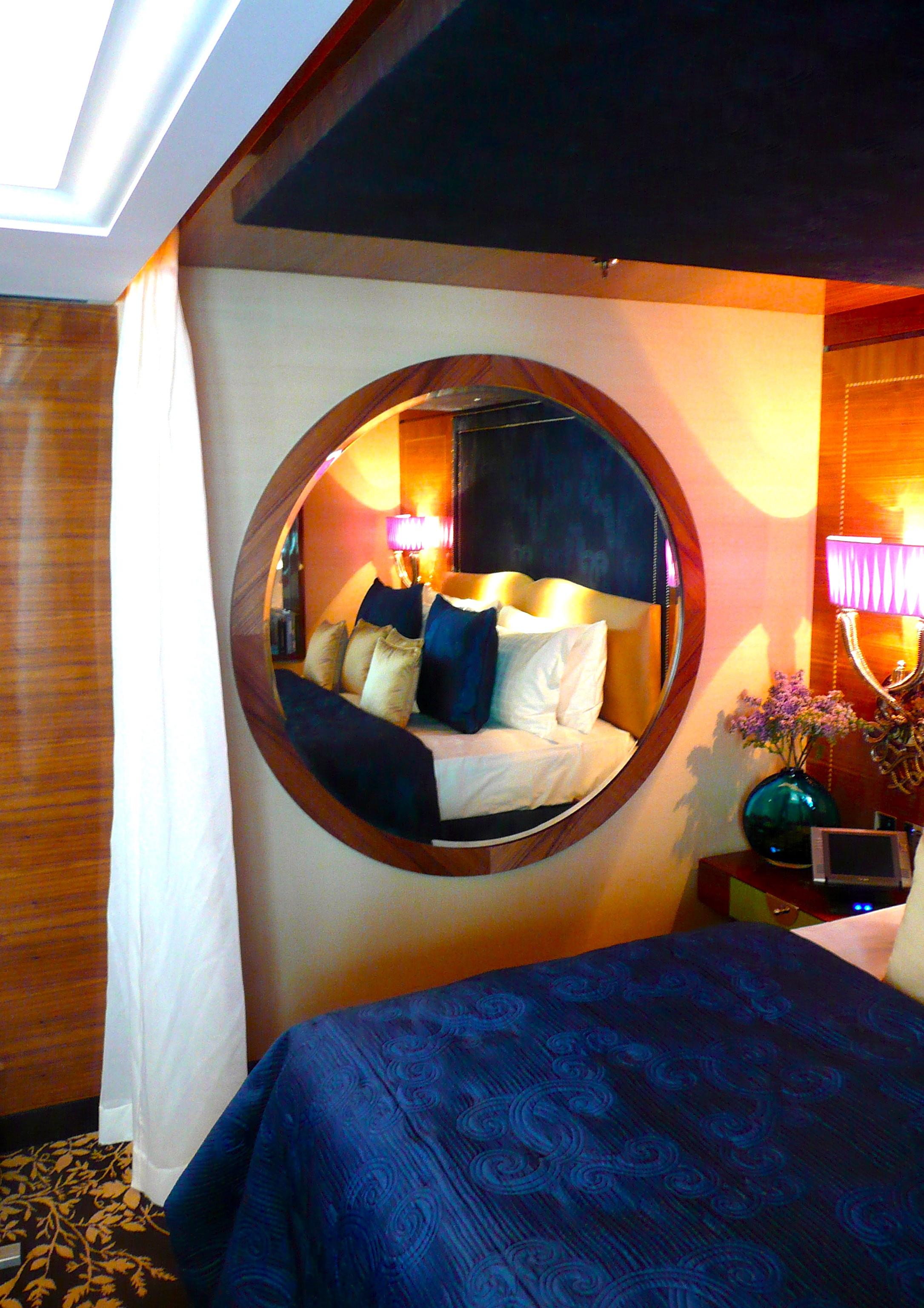 Walnut Mirror for Four Seasons, Park Lane