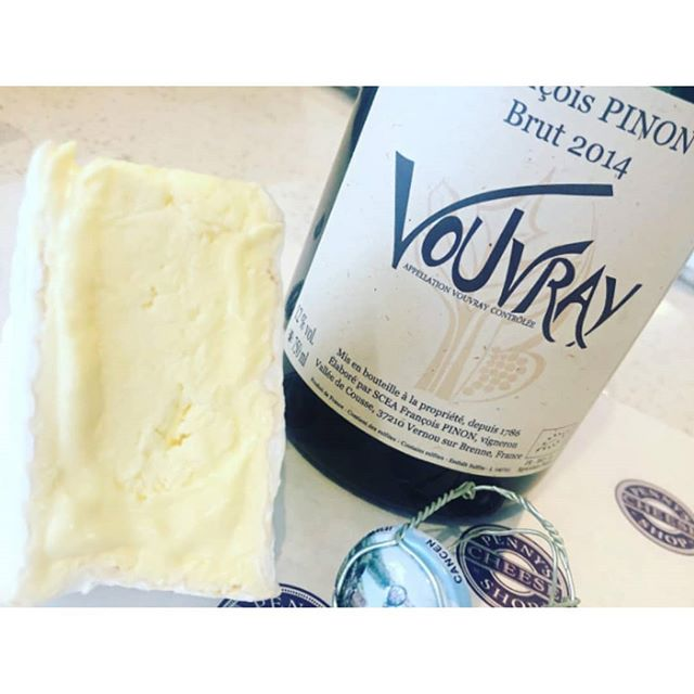 'Cheese', this is just awesome! _ And much better than that pun 😂😱 _ #repost from @globalgrapevine  _ Wow, you're in for a treat if you join us on June 22 for our Provincial French Cheese and Wine event in partnership with @pennyscheeseshop and @socialtable.co _ This is just one of our matches to look forward to. Vouvray with Delice Des Cremiers  _ Quick sticks, get your tix, link in bio... . . . . . . . . #cheninblanc #cowsmilk #cheese #wine #food #winenight #wineandcheese #foodie #winenights #winelover #wineandcheesenight #winestagram #wineandcheeseparty #sydneyevents #sydneyevent  #socialtable #globalgrapevine