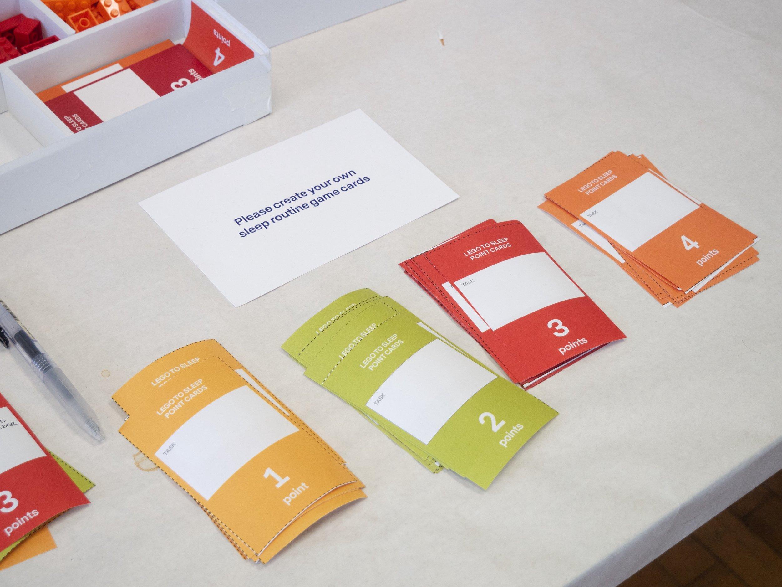 Participants create their own sleep point cards.