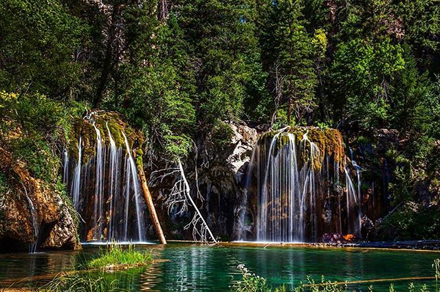 Doing a little spring cleaning this weekend, but excited to get outdoors in the coming weeks! . . .  #hanginglake #coloradolive #whywelivehere  #iamgj #sharegj #visitglenwoodsprings #coloradowedding #rockymountainwedding #coloradomountainwedding #mountainwedding #coloradowinecountry #winecountrywedding #grandjunctionweddings #grandjunctionphotographer #coloradophotographer #coloradoweddingphotographer #durangowedding #westerncolorado #westslopebestslope #bridetobe #2019bride #2019wedding #engaged #engagedincolorado #bridetobe2020 #grandjunction #coloradoproud #springishere #springincolorado