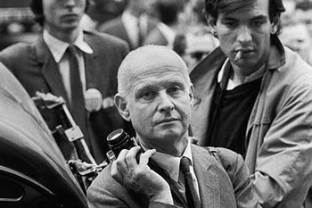 Henri Cartier-Bresson shot exclusively with a 50mm for 50 years.