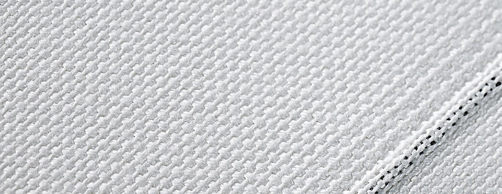 3056_z_carbon-texture-per-web-1600x620.jpg