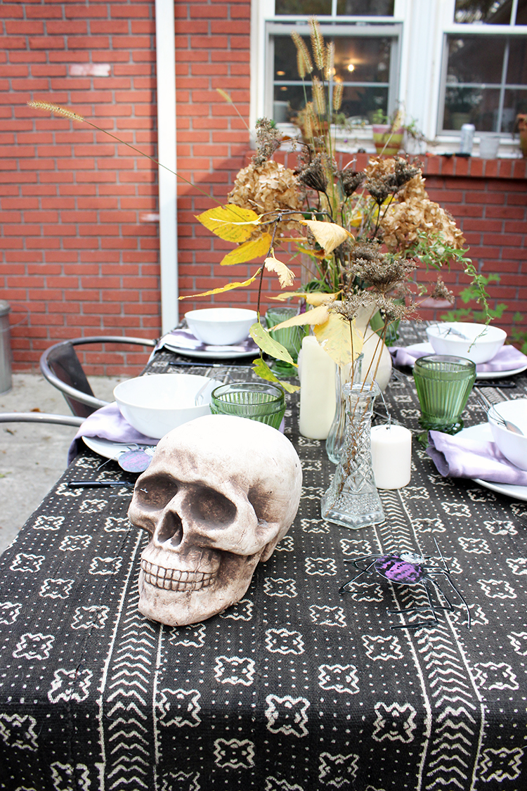 Creepy Halloween Table