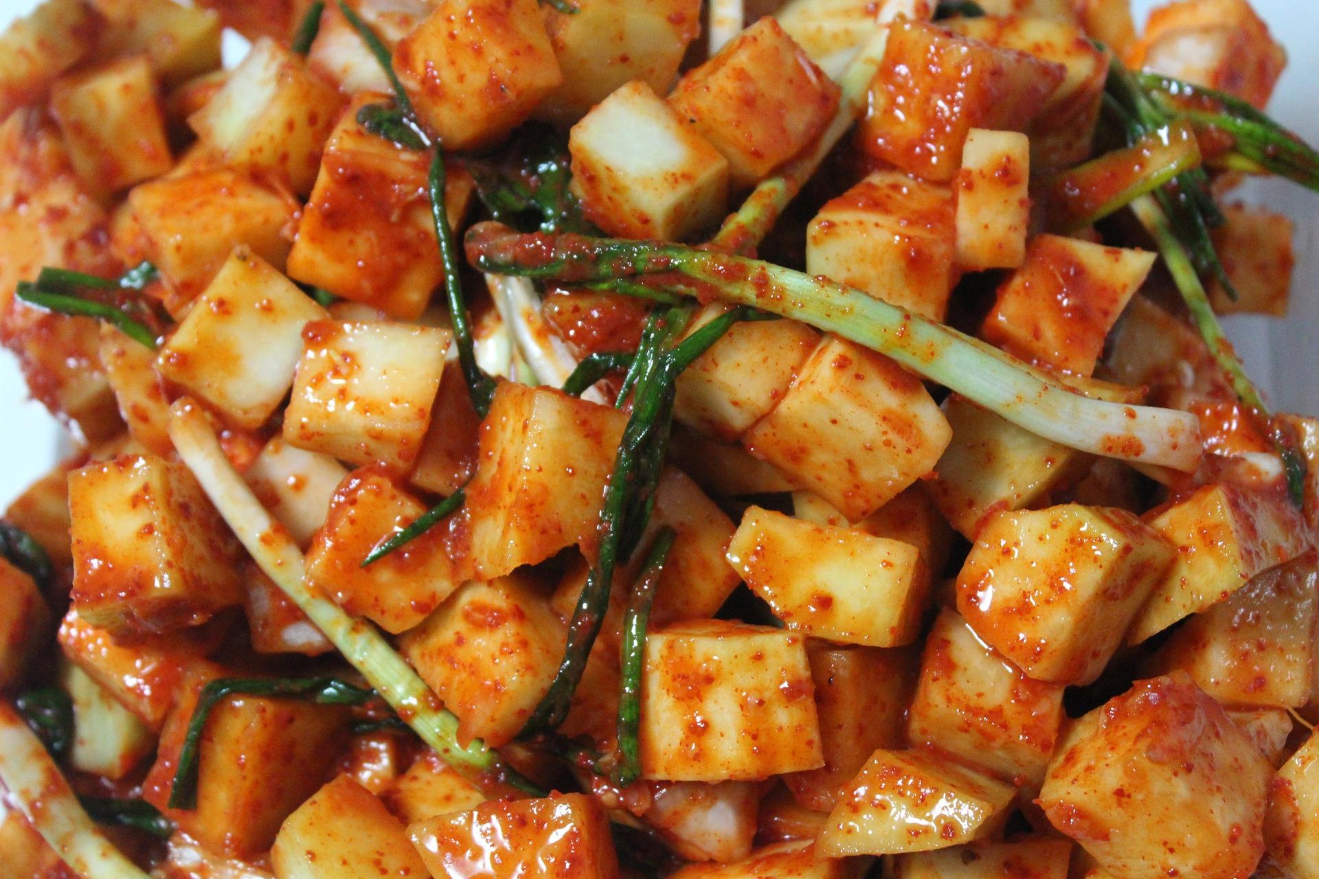 kimchi-1193154_1920.jpg