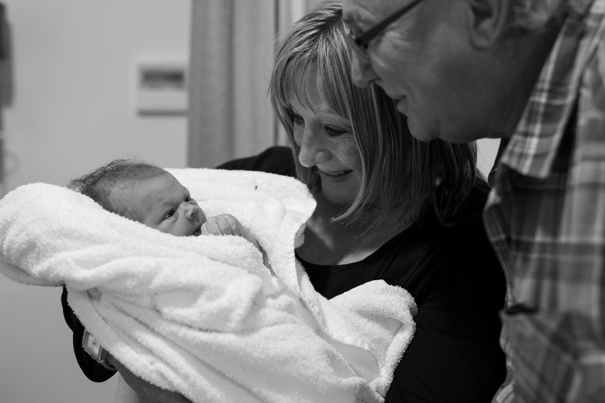 meeting grandparents - birth photography.jpg