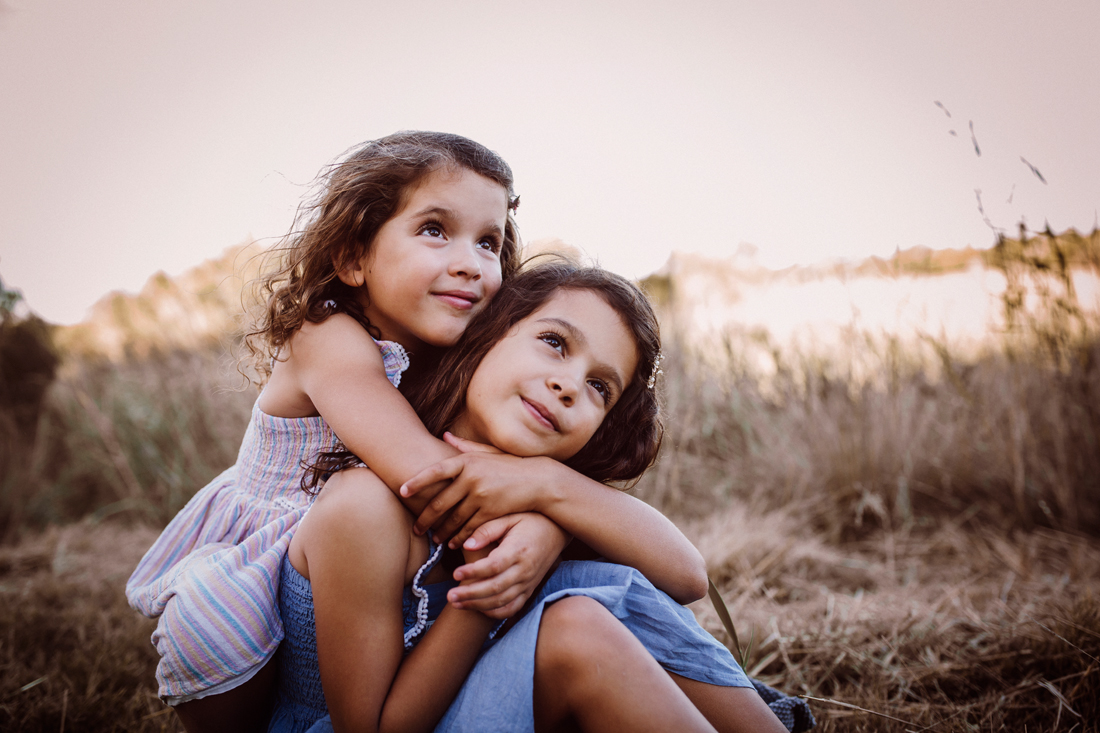 sisters - family photography - melbourne - south gippsland