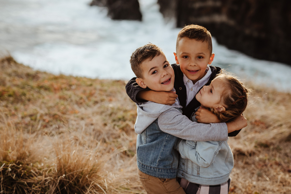 Family photography - Flinders Rangers - Mornington Peninsula - siblings