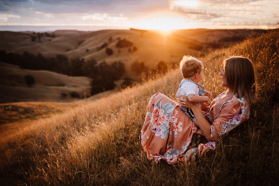 South Gippsland family photography - Mother and sun - sunset - Berwick