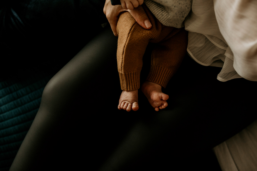 Warragul newborn photographer- toes (4).jpg