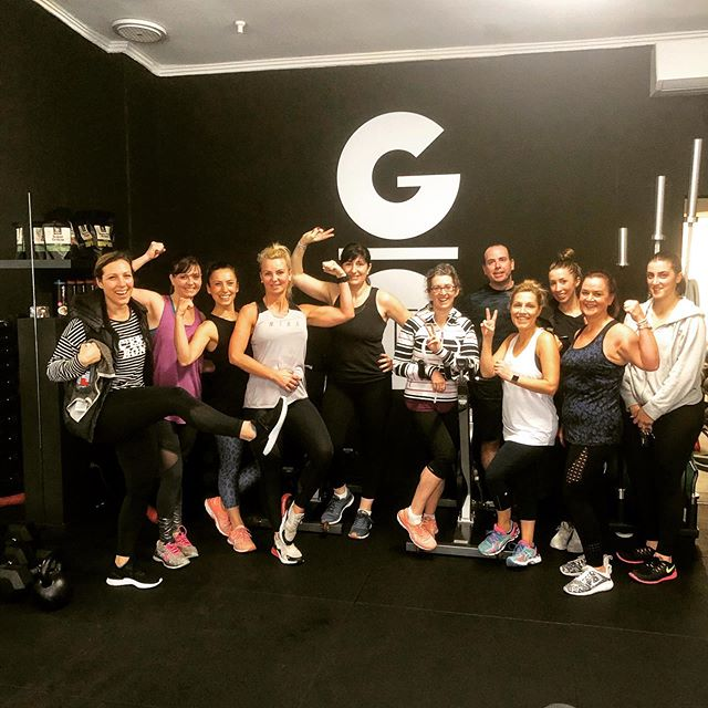 Our awesome 9.15am crew, getting it done on Monday💪🏻 #grouptraining #mondaymotivation #fitfam #gfitfamily