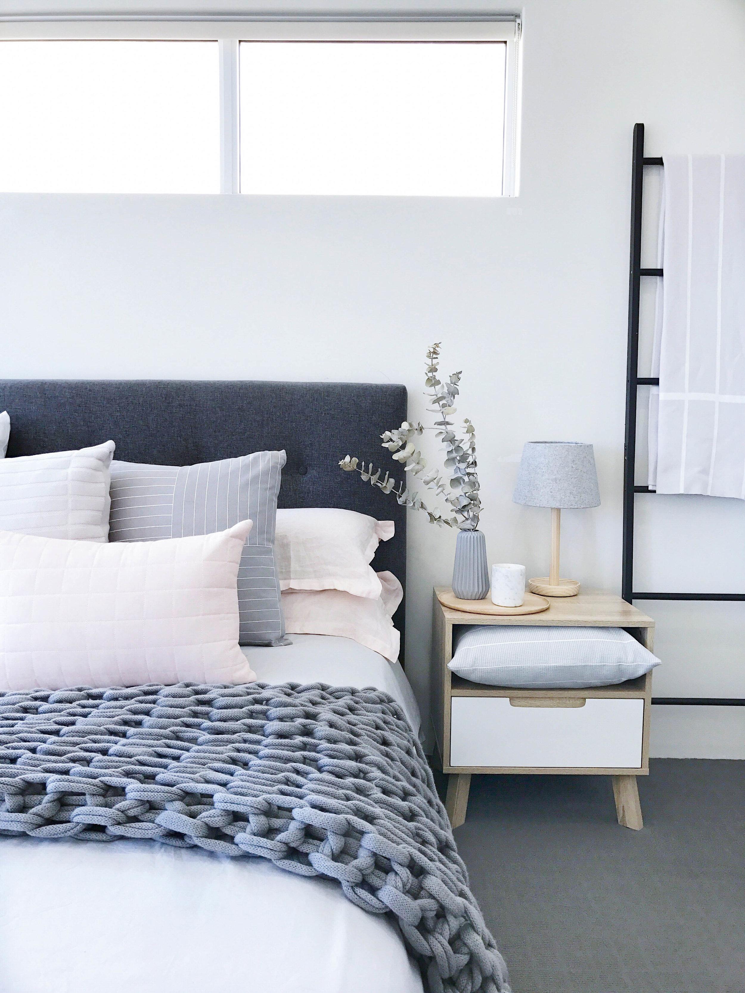bedside-4.jpg