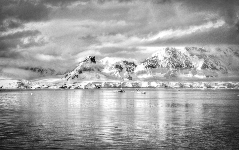 antarctica-548688_960_720.jpg