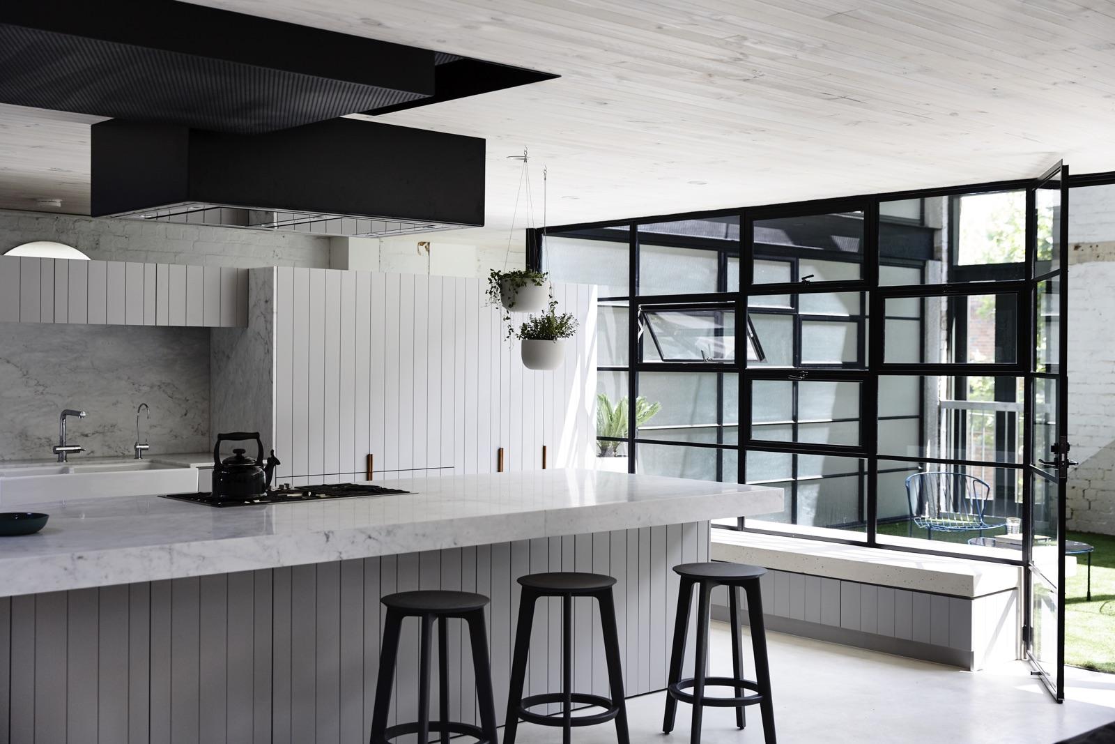 industrial-style-house-kitchen-ideas.jpg