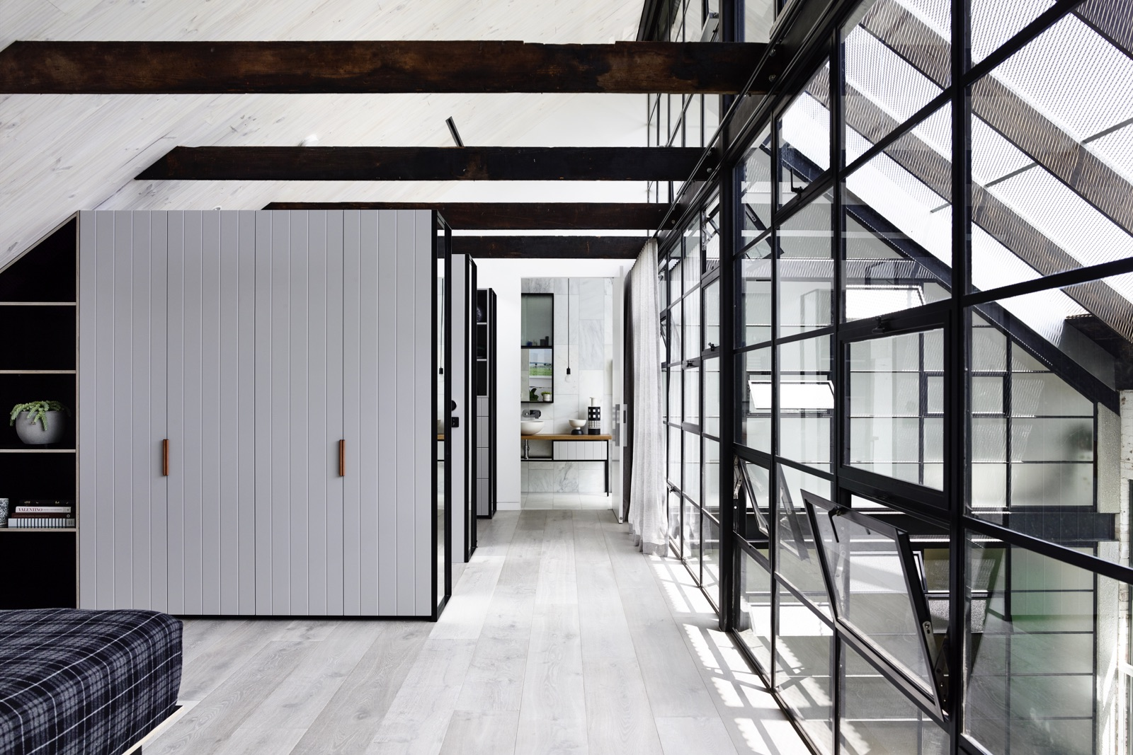 industrial-style-house-melbourne.jpg
