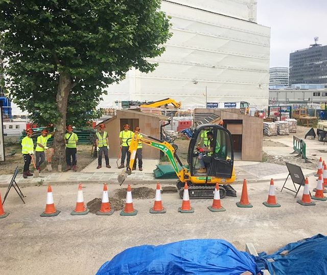 NRSWA Streetworks course taking place in our training yard today 👷 #gettrainedinconstruction #practicaltraining #streetworks