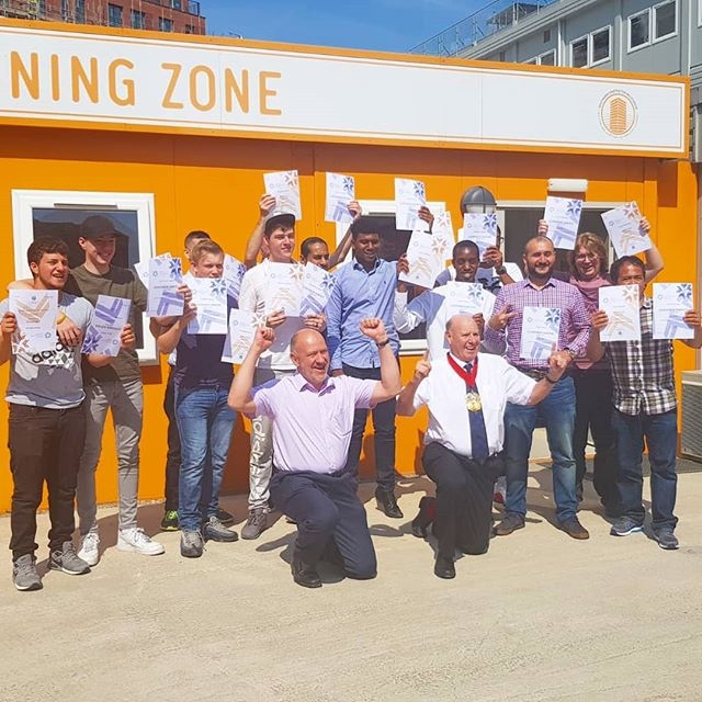 Congratulations to our LCA pre employment students for graduating the programme 🏆👷♀️👷🏗️#scsc #getintoconstruction #employmentprogramme
