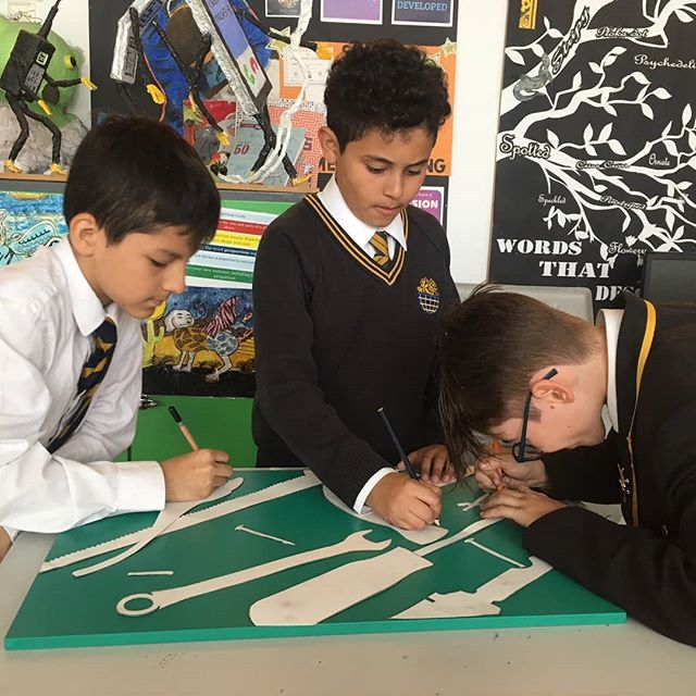 The extremely talented students from @arkglobeacademy did an amazing job creating construction related art to brighten up our centre. We absolutely love it and can't wait to put it up! #artandscrafts #scsc #elephantpark #southwarkschool #thetalentednextgeneration #inspiringkidsofthefuture