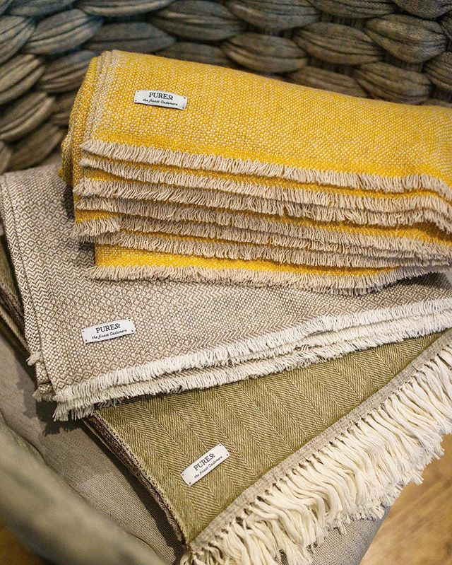 Enveloping cashmere blankets from Purest Home collection. The finest Mongolian Cashmere and traditional craftsmanship meets the excellence of the Italian contemporary design.   #PURESTCashmere #cashmerehome #luxuryblanket #cashmerelove #swissbrand #luxurycashmere #cashmere #kaschmir #cashmerehome #cashmereblanket #cashmereaccessories