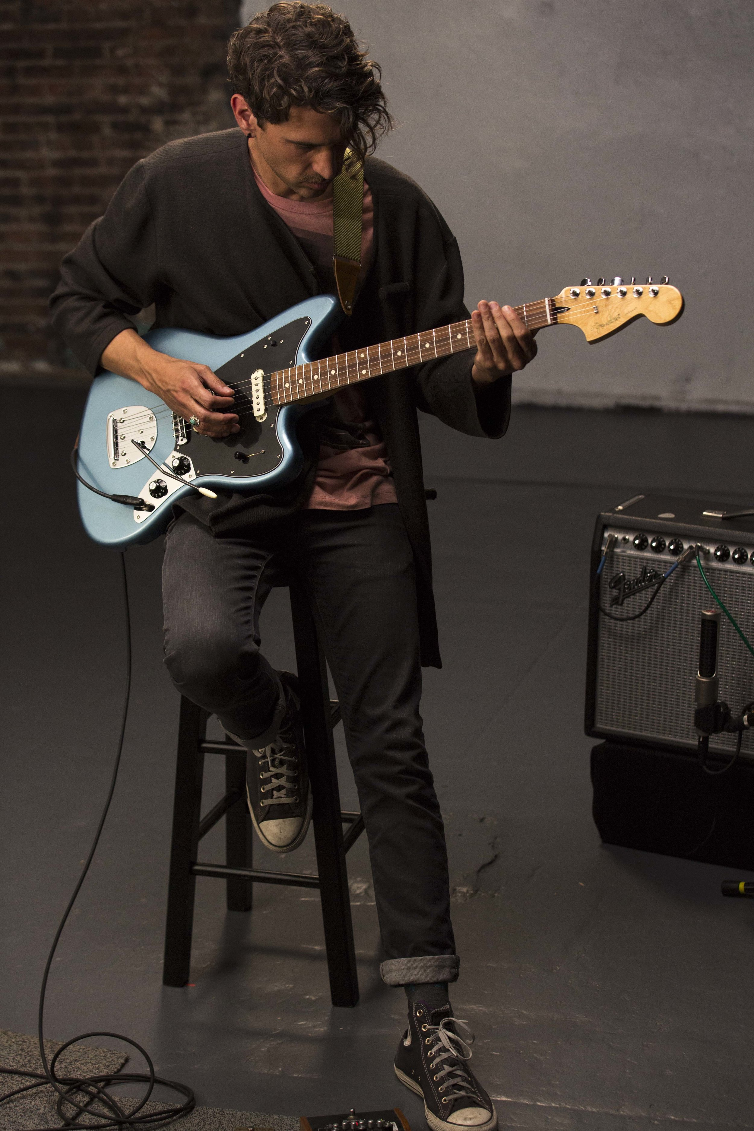 Fender_Player_AV_Lifestyle_91.jpeg