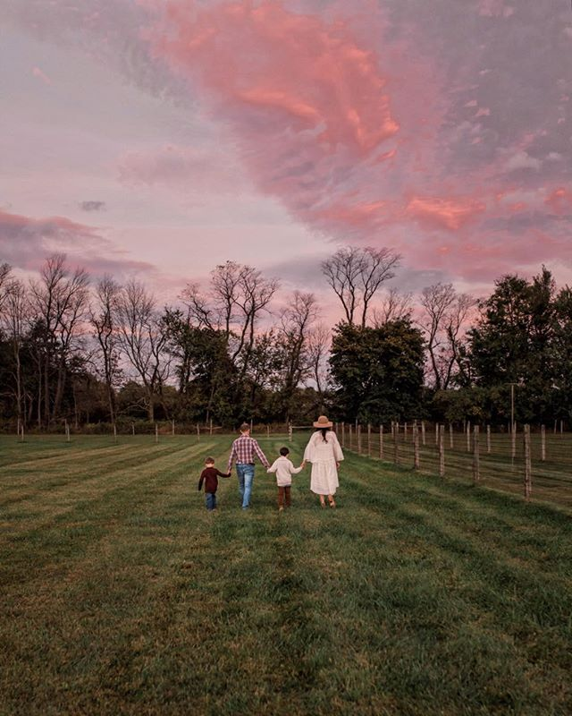 Sunset Family Session at this Families farm. - Contact for Family Session details | www.kristinodonnell.com | info@kristinodonnell.com | 609-915-7355 . . . .  #njfamilyphotographer #kristinodonnellphotography #familyphotography #childrenportraits #rusticphotography #clickinmoms #photographer #njportraitphotographer #lifestylephotographer #naturalearthyauthentic #lifeportraits