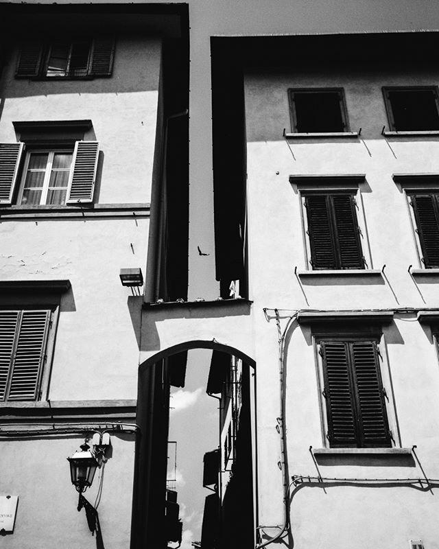 Florence Italy ⠀⠀⠀⠀⠀⠀⠀⠀⠀ Summer 2017⠀⠀⠀⠀⠀⠀⠀⠀⠀ #leicamonochrom #summicron35⠀⠀⠀⠀⠀⠀⠀⠀⠀ ⠀⠀⠀⠀⠀⠀⠀⠀⠀ ⠀⠀⠀⠀⠀⠀⠀⠀⠀ #leicacamera #leicaphoto #leicam #leicacraft #passionleica #streetartphotography #streetphoto_bw #streetbw #streettogs #streetphotos #streetphoto #streetshots #streetphoto_bnw #streetphotograph #streetphotography_bw #monochromephotography #monochromelovers #monochromeart #blackandwhiteportrait #blackandwhitepic #blackandwhiteart #bw_shotz #bwphotography #bw_photography #bwoftheday