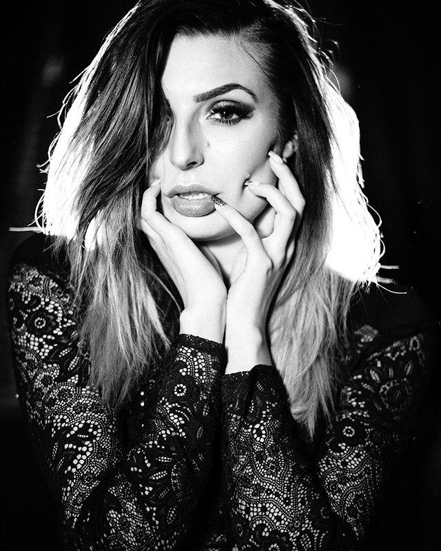 @undeadfun #leicam240 #summilux50 ⠀⠀⠀⠀⠀⠀⠀⠀⠀ ⠀⠀⠀⠀⠀⠀⠀⠀⠀ #leicacamera #leicaphoto #leicam #leicacraft #passionleica #noir_shots #noirlovers #noirphoto #noirstudio  #portrait #portrait_ig #portraitart #portraitshot #portraitgirl #portraitmodel #portraitsession #portrait_mood #monochromephotography #monochromelovers #monochromeart #blackandwhiteportrait #blackandwhitepic #blackandwhiteart #bw_shotz #bwphotography #bw_photography #bwoftheday