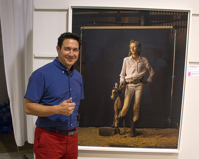 "R.J. Kern with his photograph ""Kenzie and Hootie, Anoka County Fair, Minnesota, 2016"":  MinnPost  photo by John Whiting. Link  here  for Pamela Espeland's article in  MinnPost 's 8/29/2018 issue."