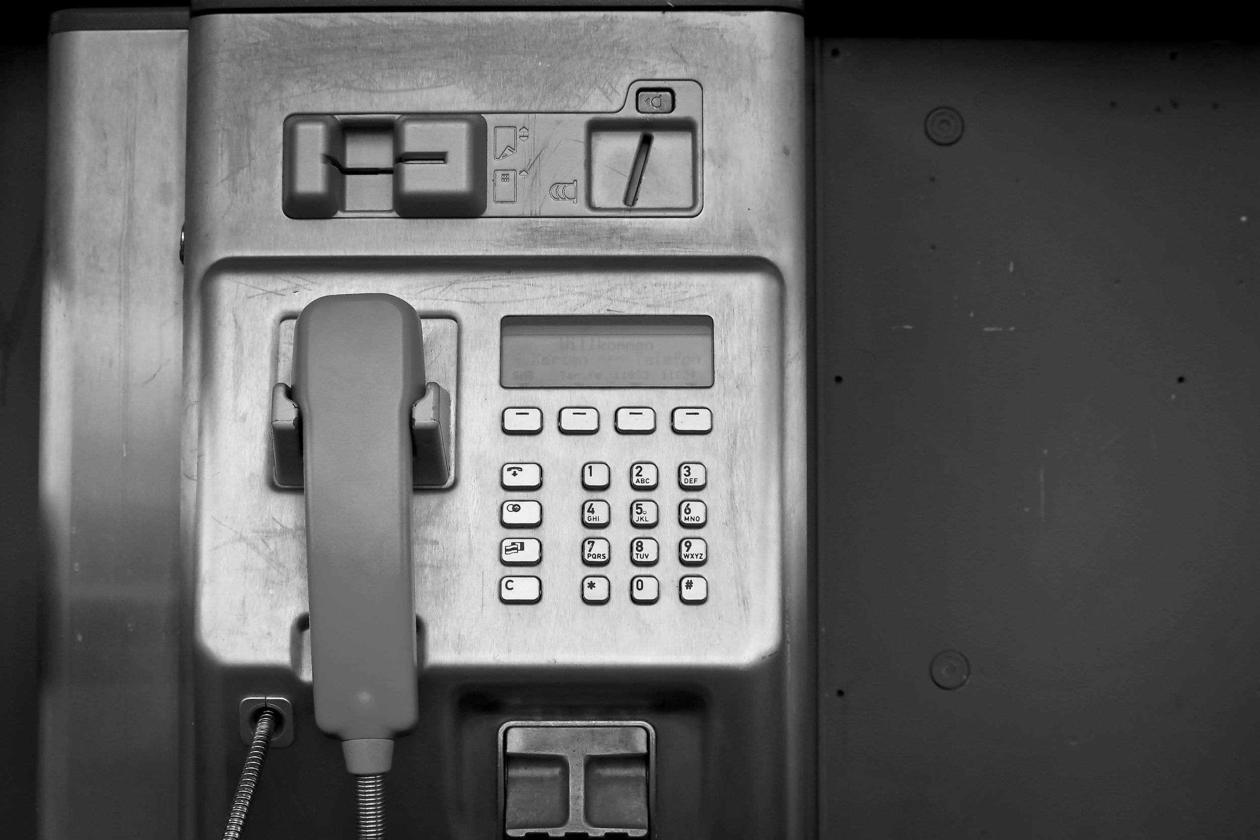 GIVE US A RING: - US TEL. +1.602.910.5794EU TEL. +370.5744.1222