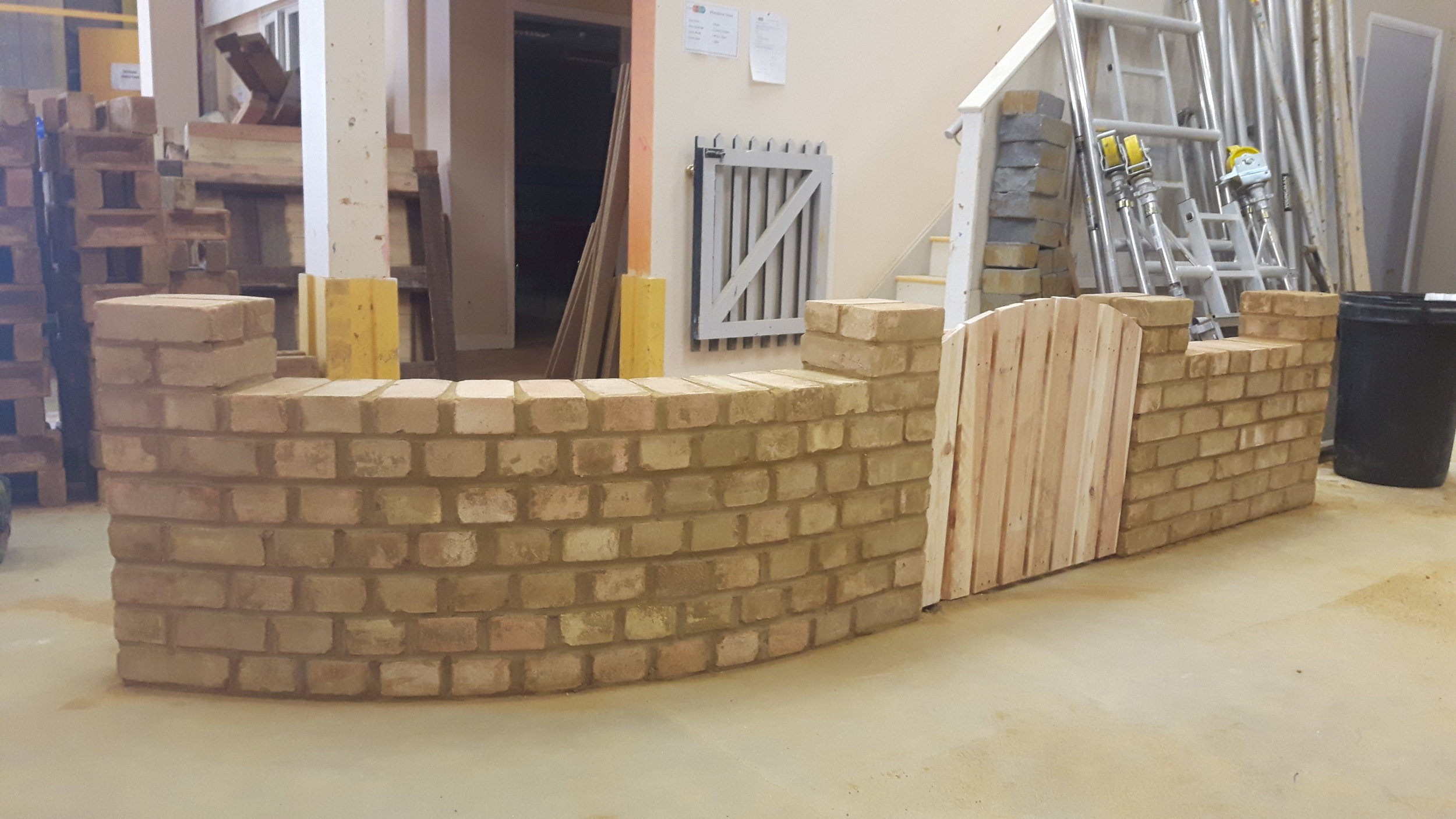 HB curved wall 2.jpg