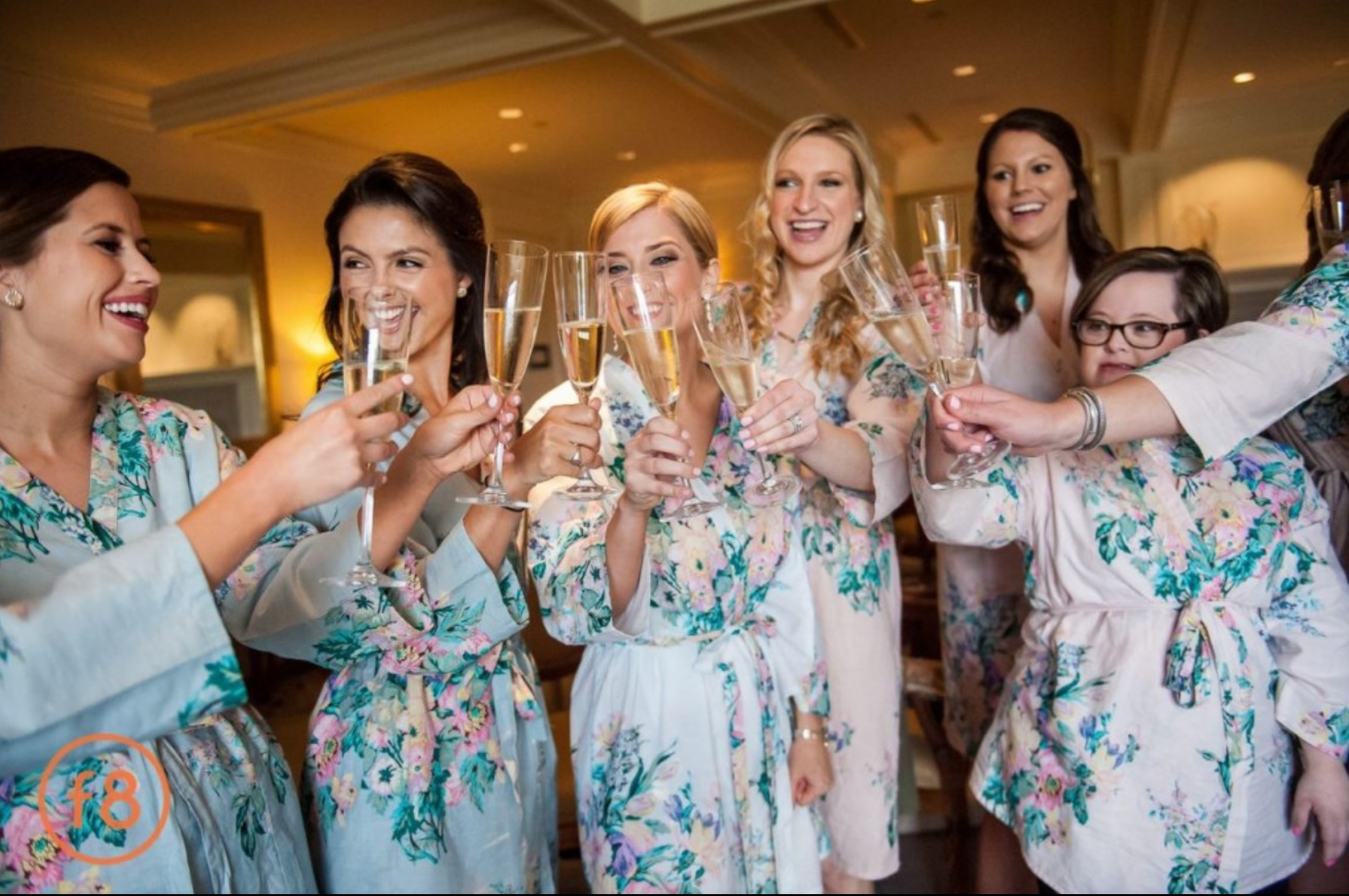 """GLAMOUR PARTIES    Grab your girlfriends and prepare to get """"glammed"""" for any occasion or just for fun! Glam Parties provide a personalized tutorial of your favorite makeup looks in the comfort of your own home with your guests."""