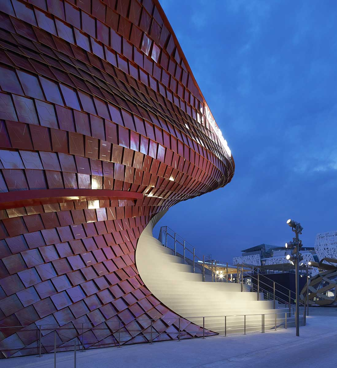 studio-libeskind_vanke-pavilion_expo-2015_huftoncrow_007-2280x2491.jpg