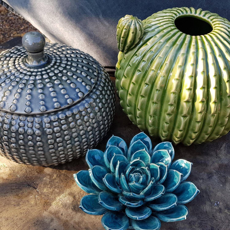 ceramic_cacti_pots.jpg