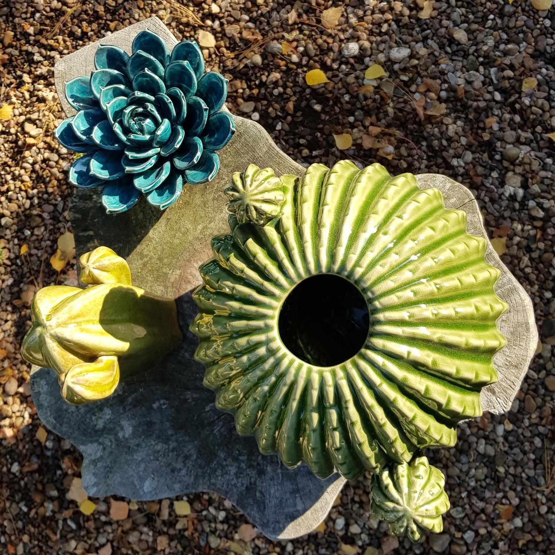 ceramic_cacti_ornaments.jpg