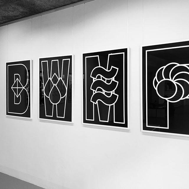 Be water my friend #art #exhibition from @rafael.bernardo_ starting now at Kunstgaleriebar Oefelestr.6 Munich!  #rafaelbernardo #design #art #blackandwhite #emptyyourmind #bewatermyfriend #BWMF
