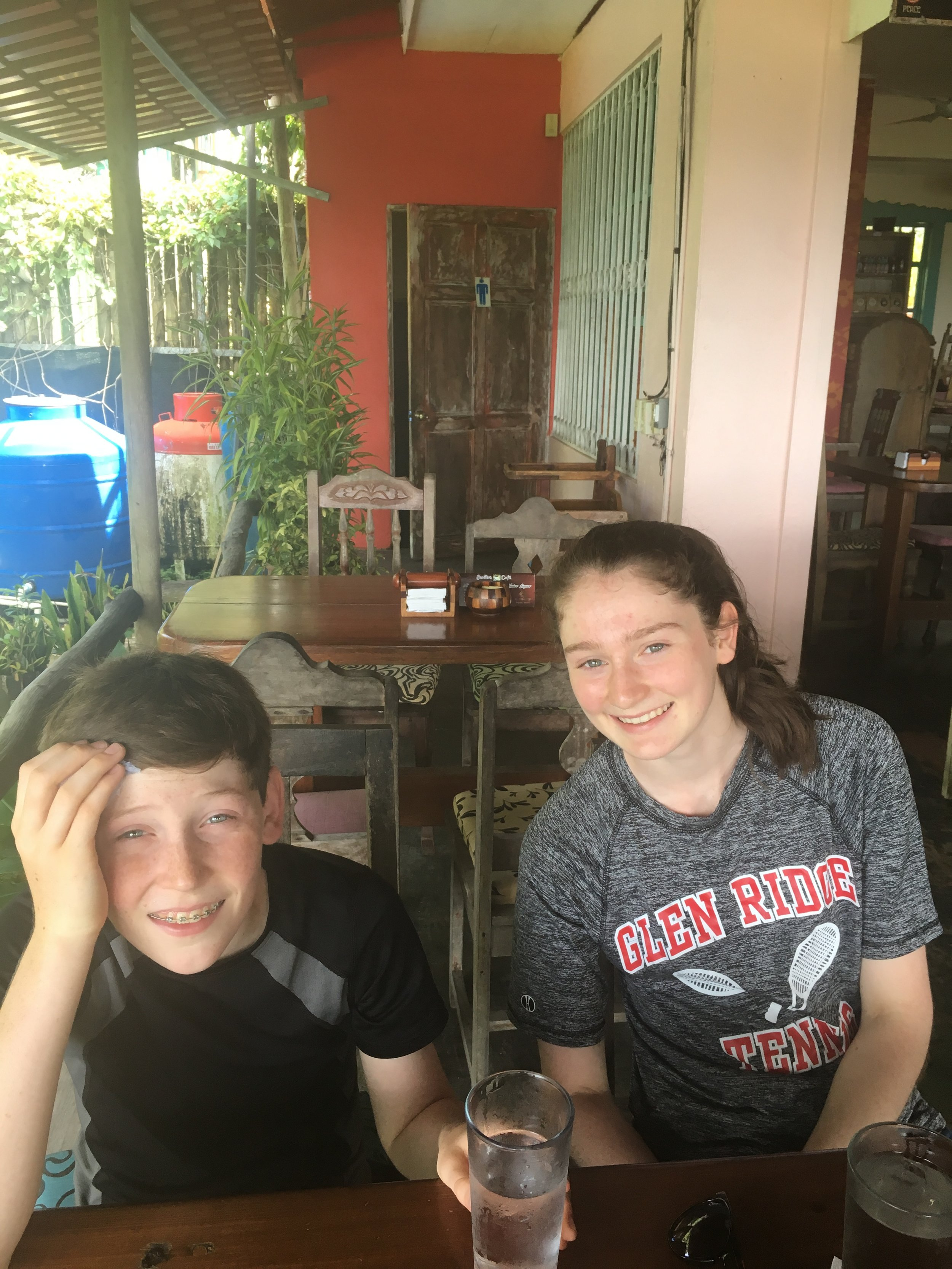 Emilio's Cafe, waiting to leave Manuel Antonio