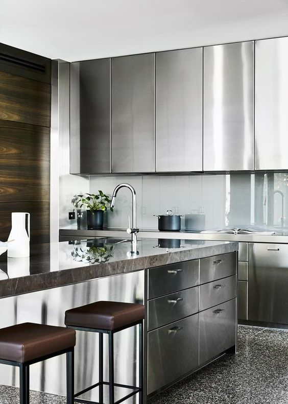 Stunningly stainless  (   Courtesy of Pinterest   )