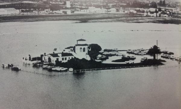 1967 Flooding of the Santa Barbara Aiport.Source: edhat.com user  beachbummer